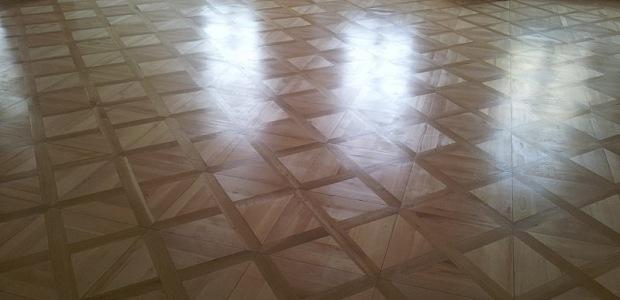 Údržba dřevěných podlah lakovaných