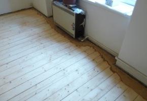 renovace podlahy Na Maninách - průběh prací
