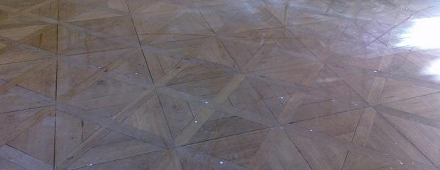 kompletní renovace podlahy - Senovážné nám. - před