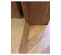 Lepení podlahových lišt 3